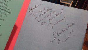 Livro autografado para Dandara