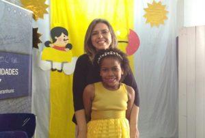 Claudia Lins e a menina Rainha
