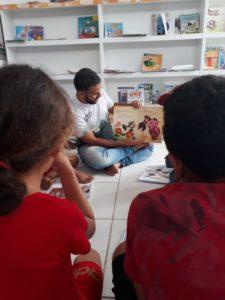Crianças que participam do programa EU Posso no sertão de Alagoas foram contempladas por ação de incentivo a leitura