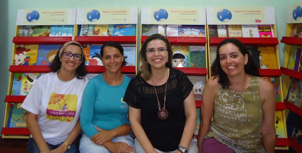 Equipe Ler é Minha Praia e Rede Ler & Compartilhar com Flávia Rego Presidente da Associação do Peixe-Boi